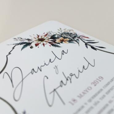 invitación de boda original. invitación con flores de acuarela. invitación silvestre modelo valparaíso