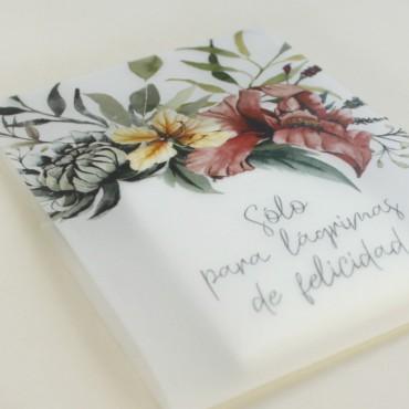 detalle paquete de pañuelos para lágrimas de felicidad. Detalle para bodas silvestres. elaborado con papel vegetal