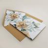 Envoltura de invitación con papel vegetal. Veladura de papel vegetal para invitación de boda Alej VI. Sobre forrado ocre