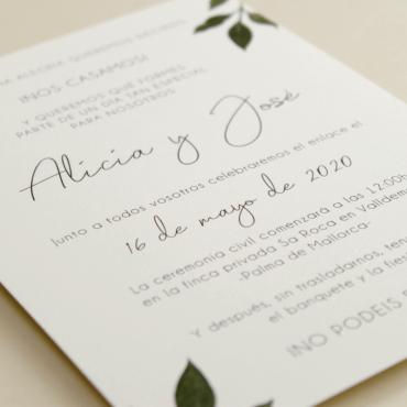 detalle Invitacion de boda original con hojas de acuarela. mod est I