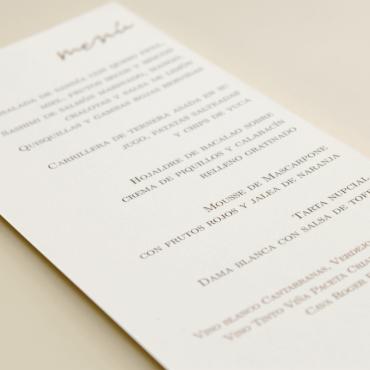 Detalle de la minuta de boda modelo Praga II en papel texturizado blanco de 250gr